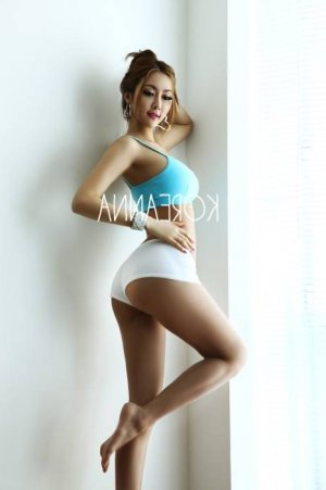 Annina escorts in Ferguson, MO